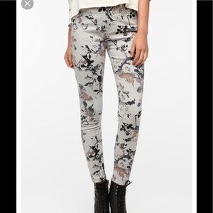 BDG High Rise Twig Ankle Jeans floral